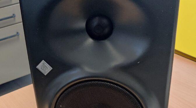 Neumann KH-120 mystery noise fix